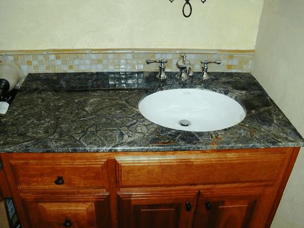 Granite_Countertops1_lg